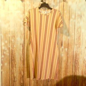 XS LulaRoe striped dress😍